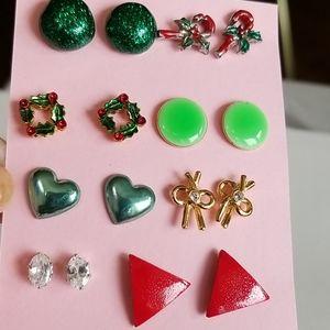 8 pairs post earrings